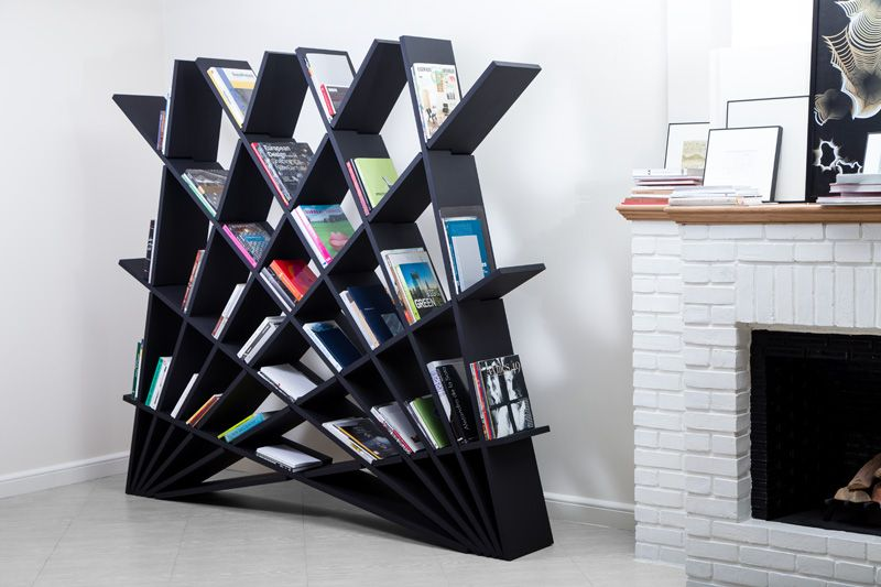Black Maryam Pousti Bücherregal von Studio Pousti