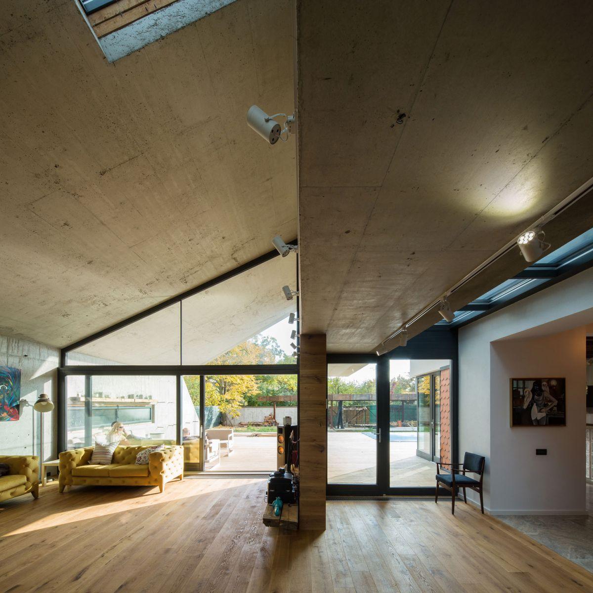 Casa G3 in Otopeni interior living area oak floor