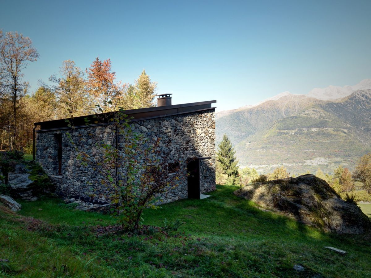 Casa Vi in Sondrio view of the valley