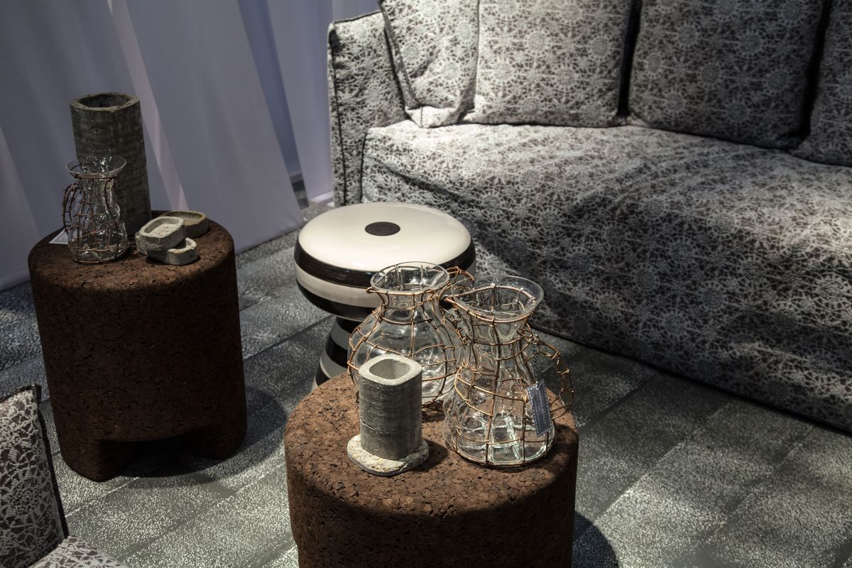 Cork coffee round tables-stools