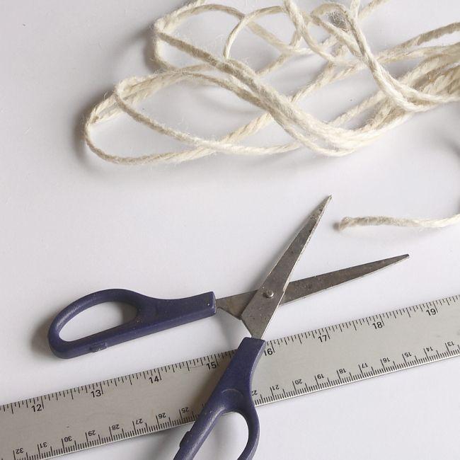 DIY Bohemian Macrame Plant Hanger - Spiral knots