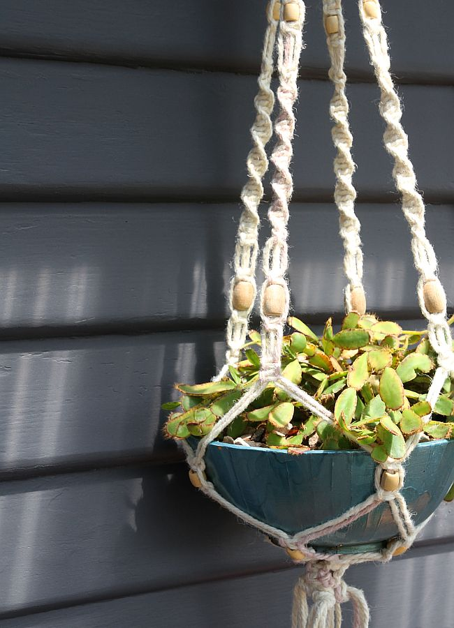 diy macrame hanging planter how to make a macrame hanging planter 6180