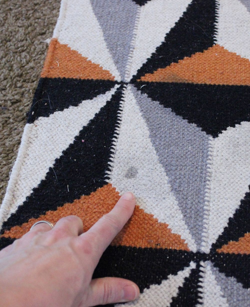 DIY Carpet Cleaner - soaking stain