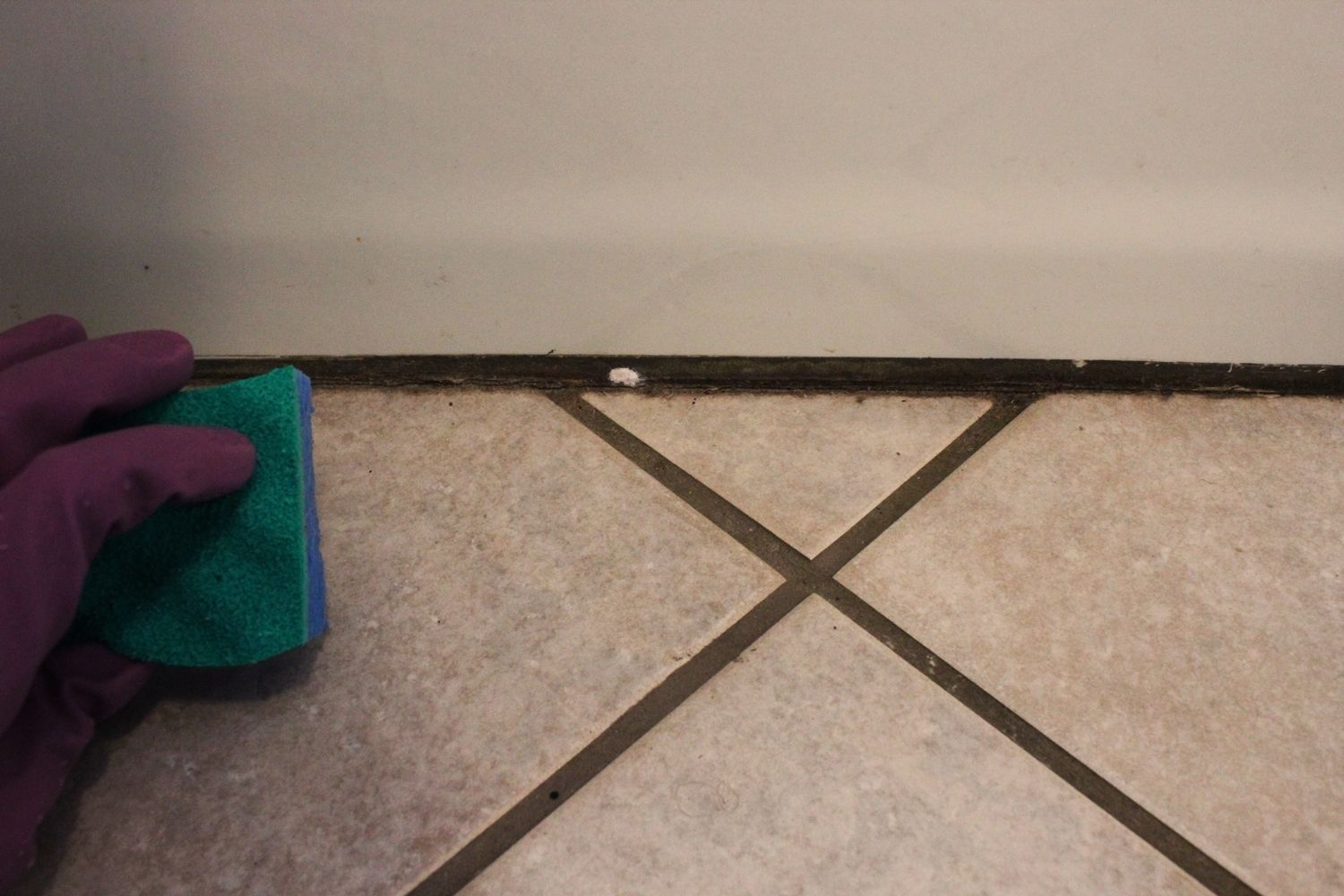 DIY Natural Grout Cleaner- wipe down