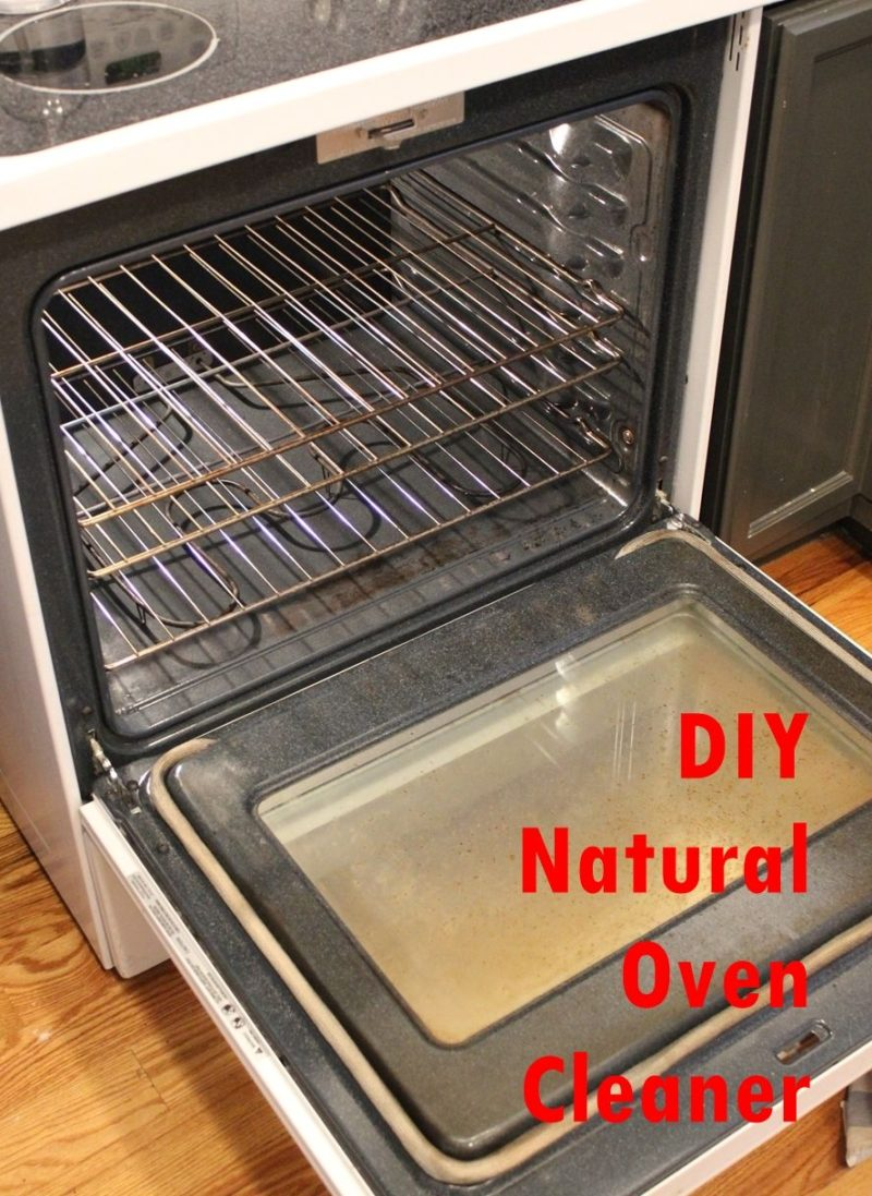 DIY Natural and Homemade Oven Cleaner With Baking Soda And Vinegar