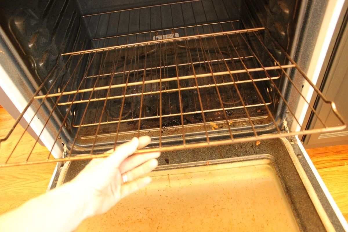 DIY Natural Oven Cleaner - remove the racks