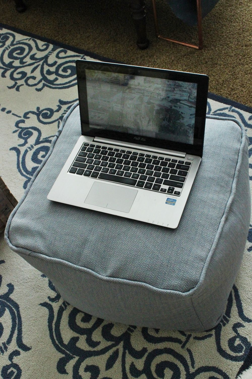 DIY Pouf Ottoman Cube - working place