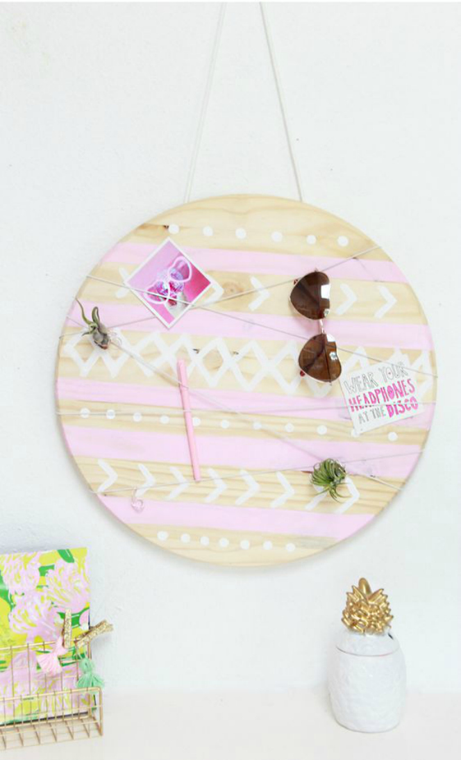 DIY wooden memo board