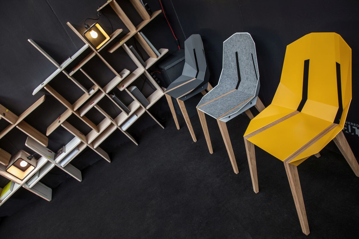 Dynsk wall unit and chairs