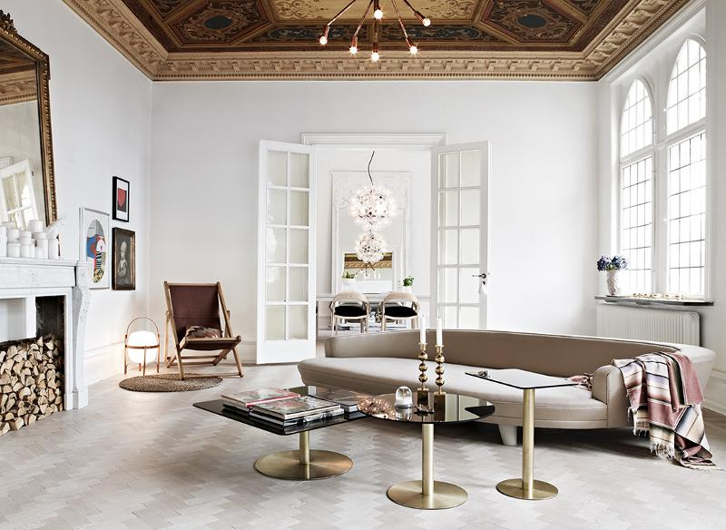 Elegant Living Room Design With Gold Based Coffee Tables