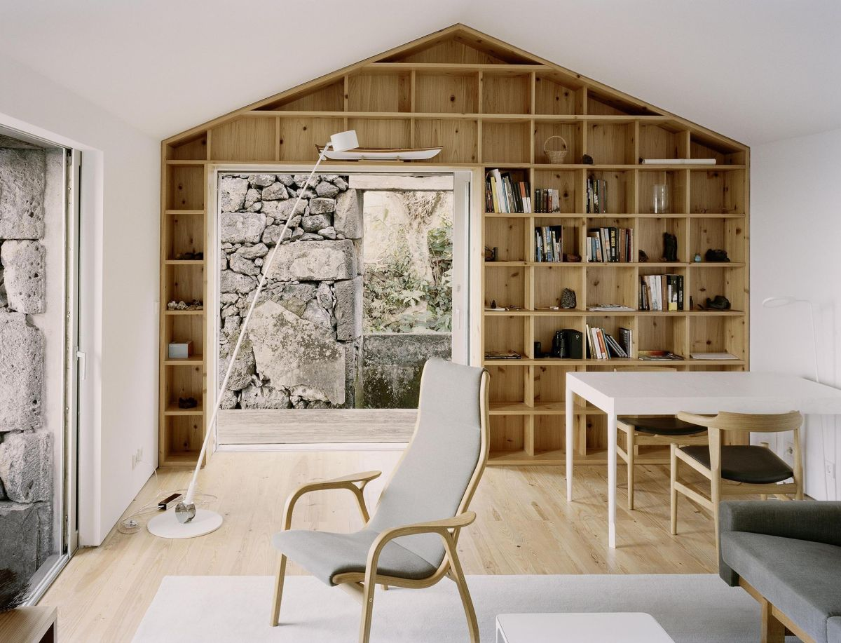 Entire wall with a designed bookcase