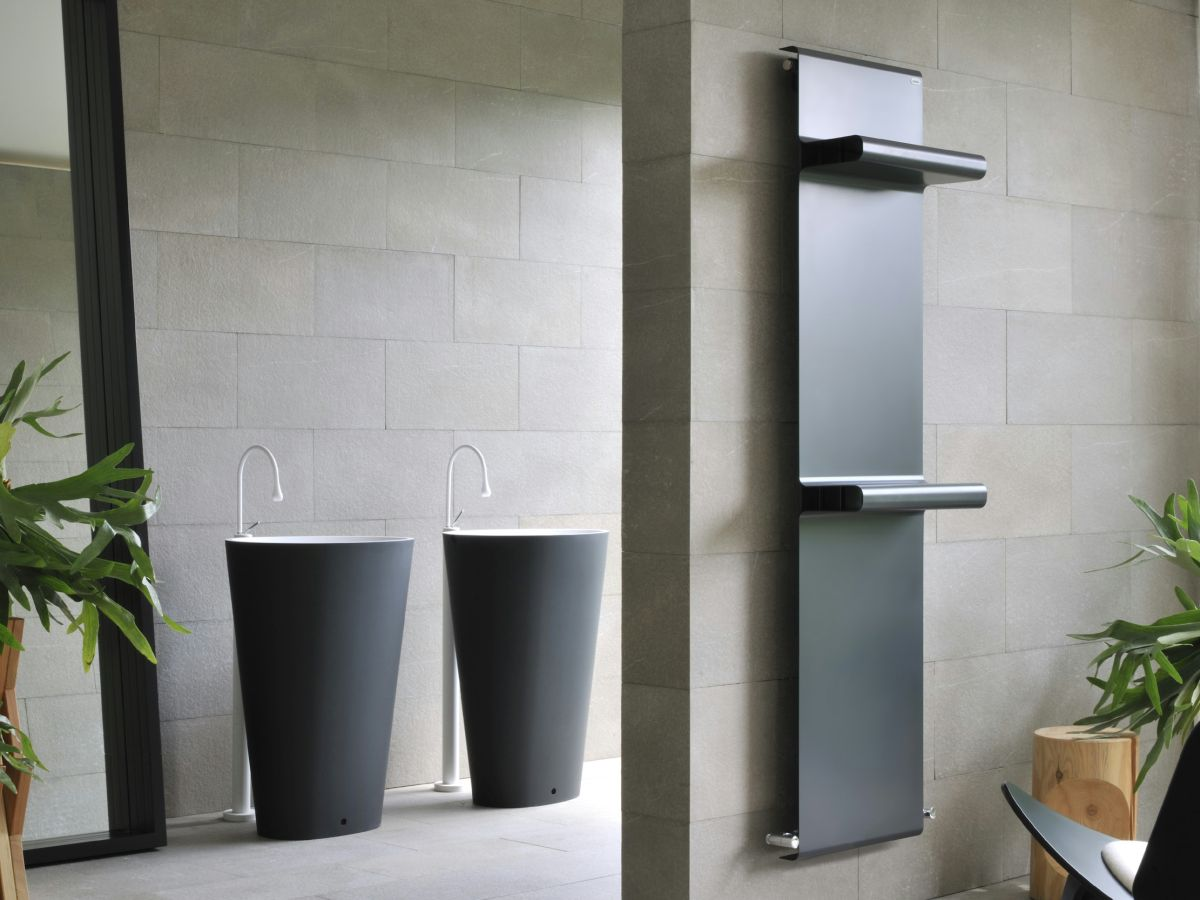 Fine design carbon towel warmer radiator