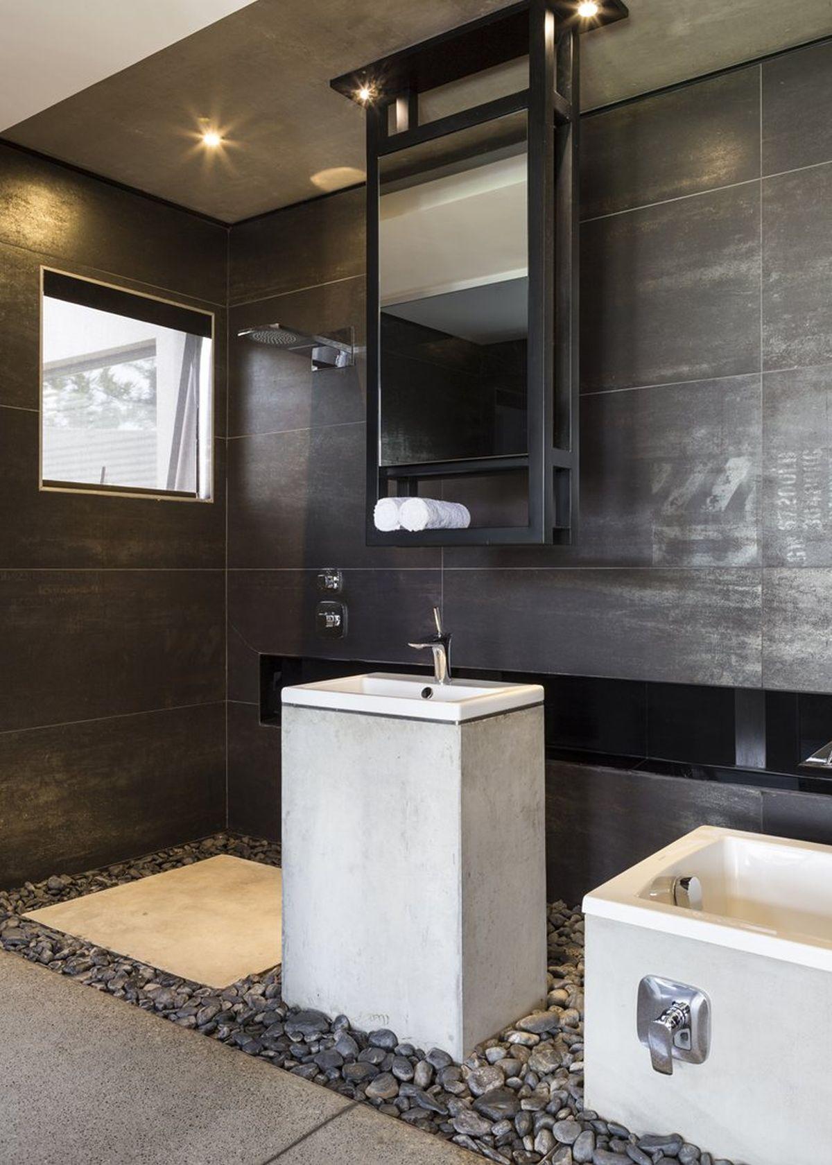 Kloof Road House project bathroom pebble floor