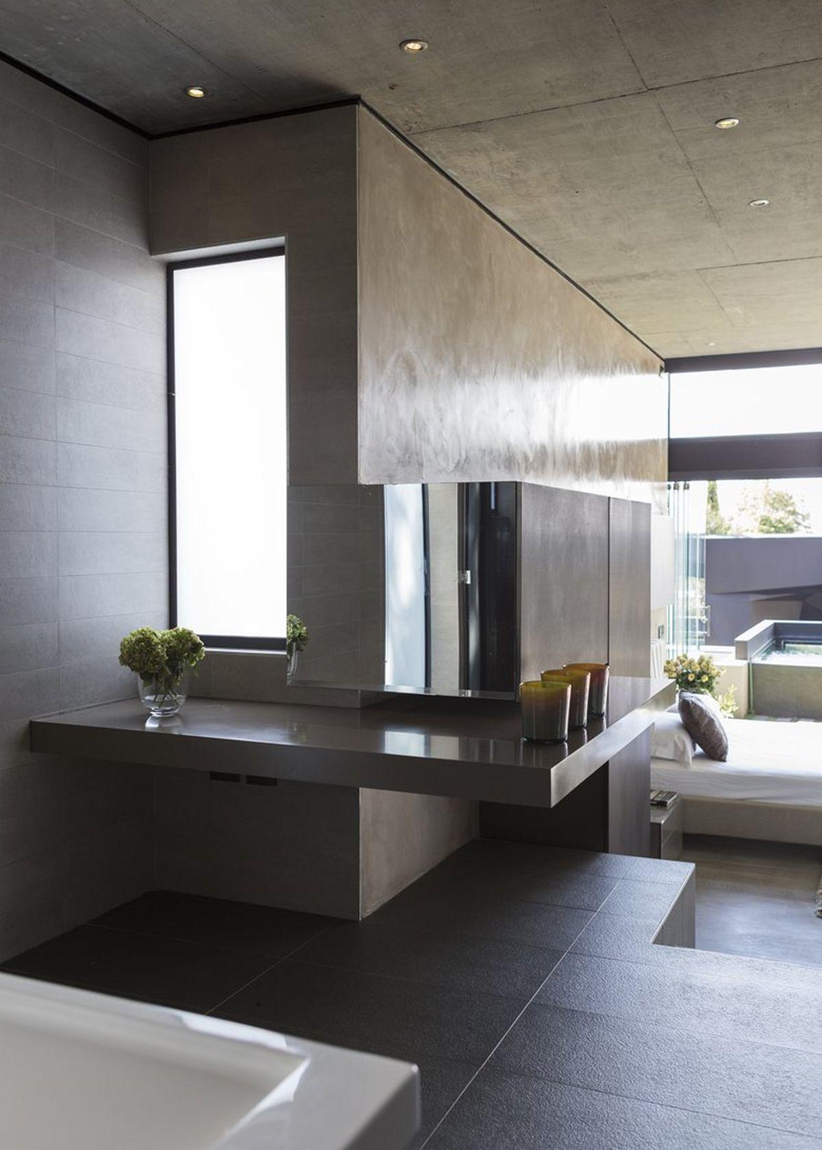 Kloof Road House project bedroom en suite bath