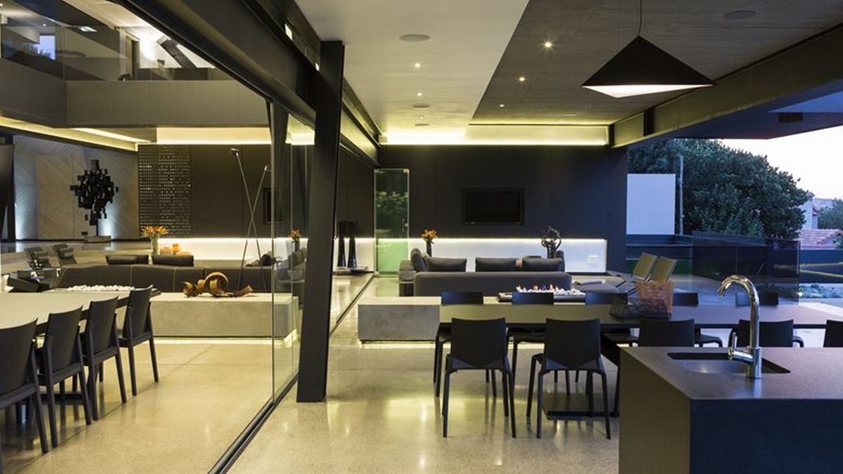 Kloof Road House project indoor and outdoor living spaces