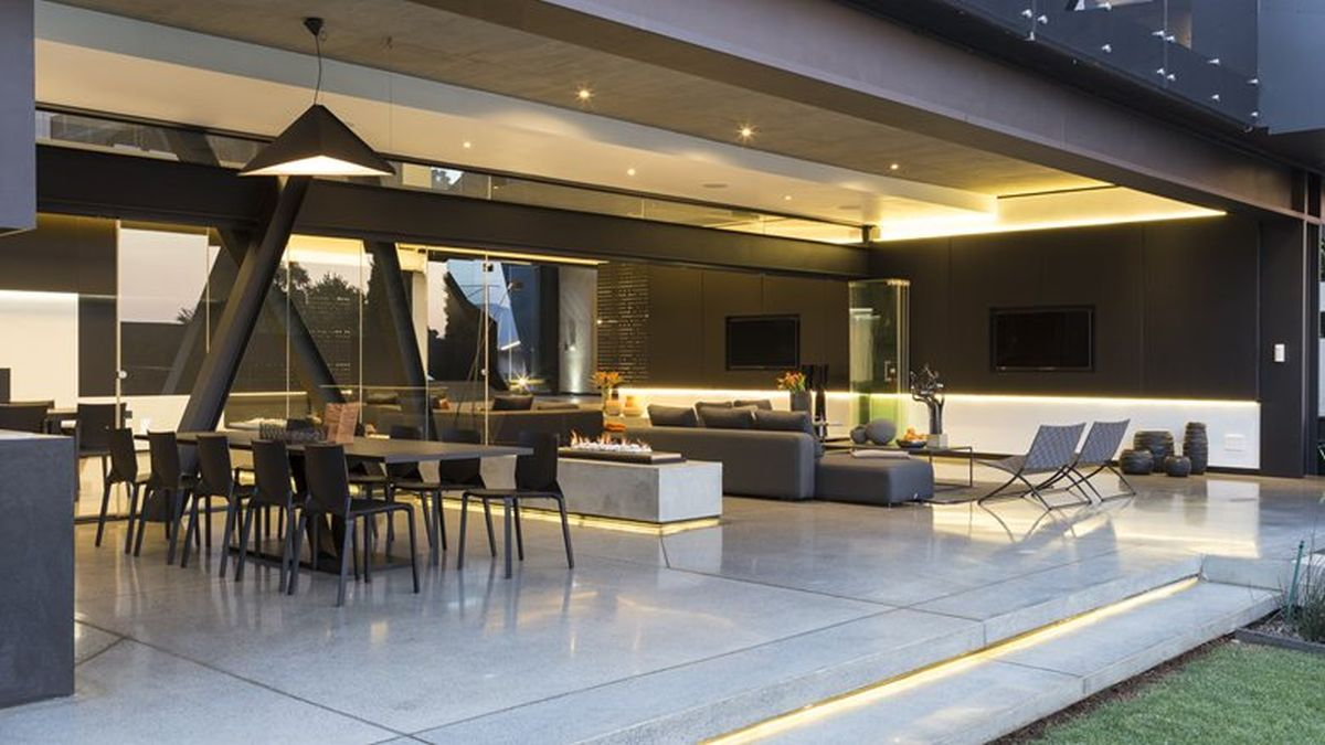Kloof Road House project social area