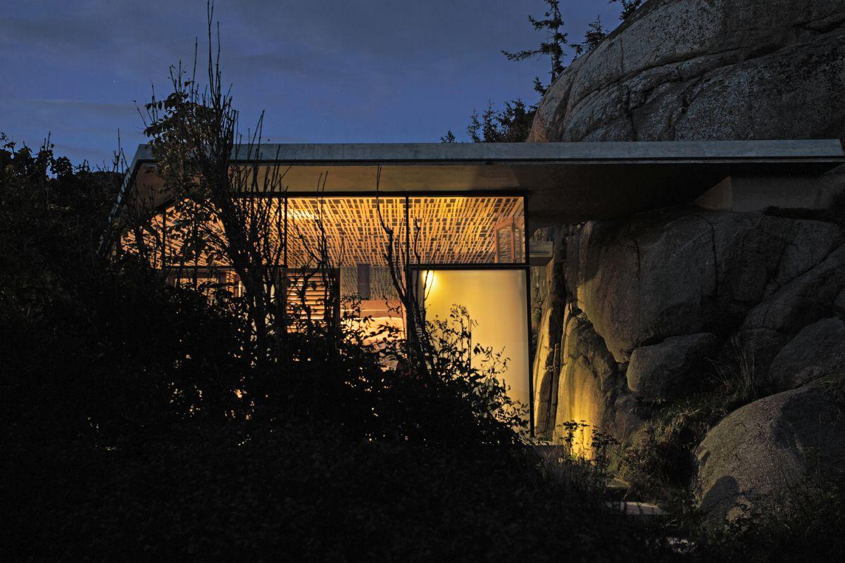 Knapphullet summer cabin at night closeup view