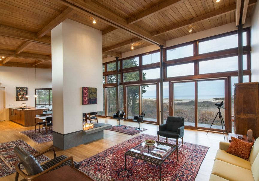 In some cases the fireplace can also be integrated into a structure that supports the ceiling