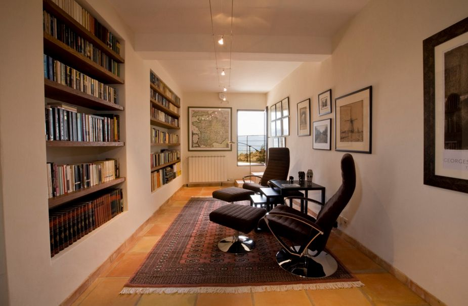 Library room with bookshelves built in