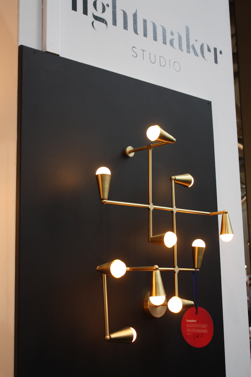 Lightmaker wall light