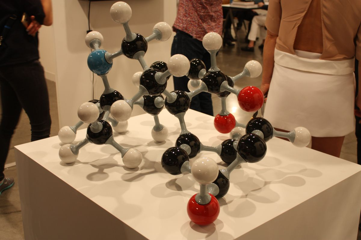 Lisson Molecular sculpture