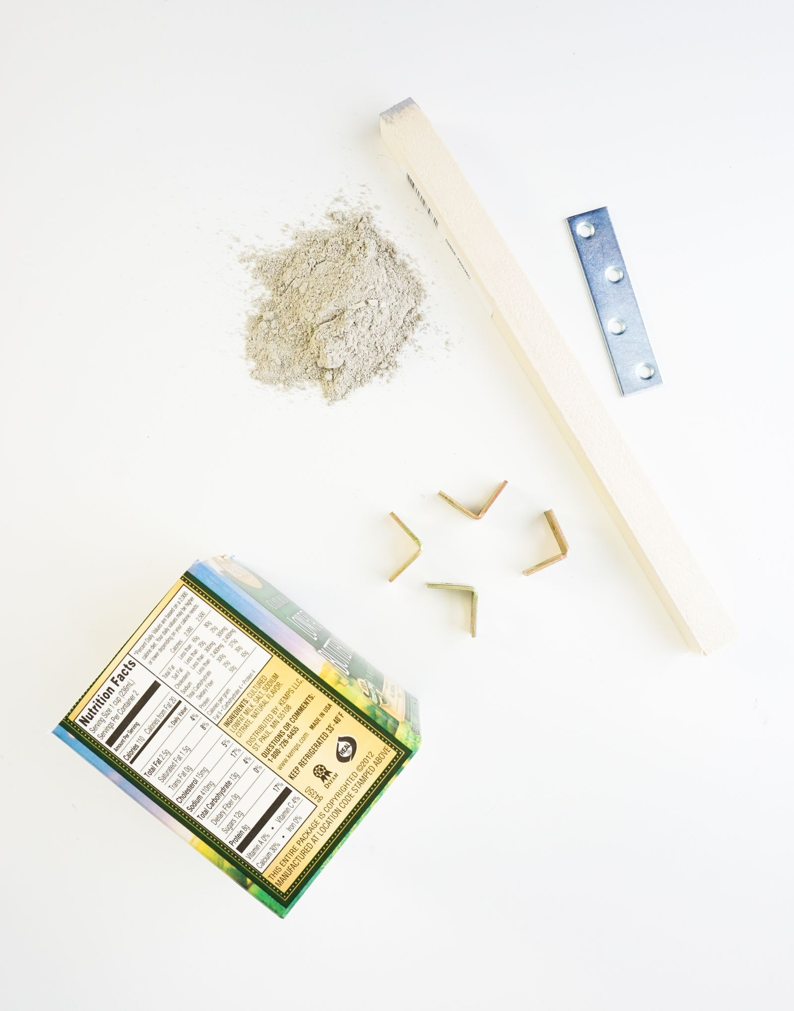 Materials for concrete wooden plante