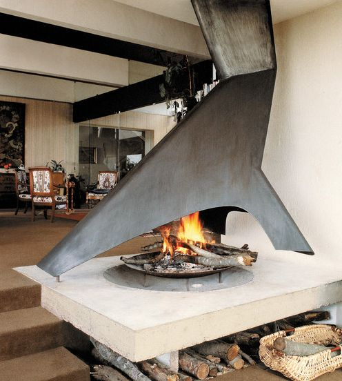 Some fireplaces can have a sculptural design meant to unmistakably stand out