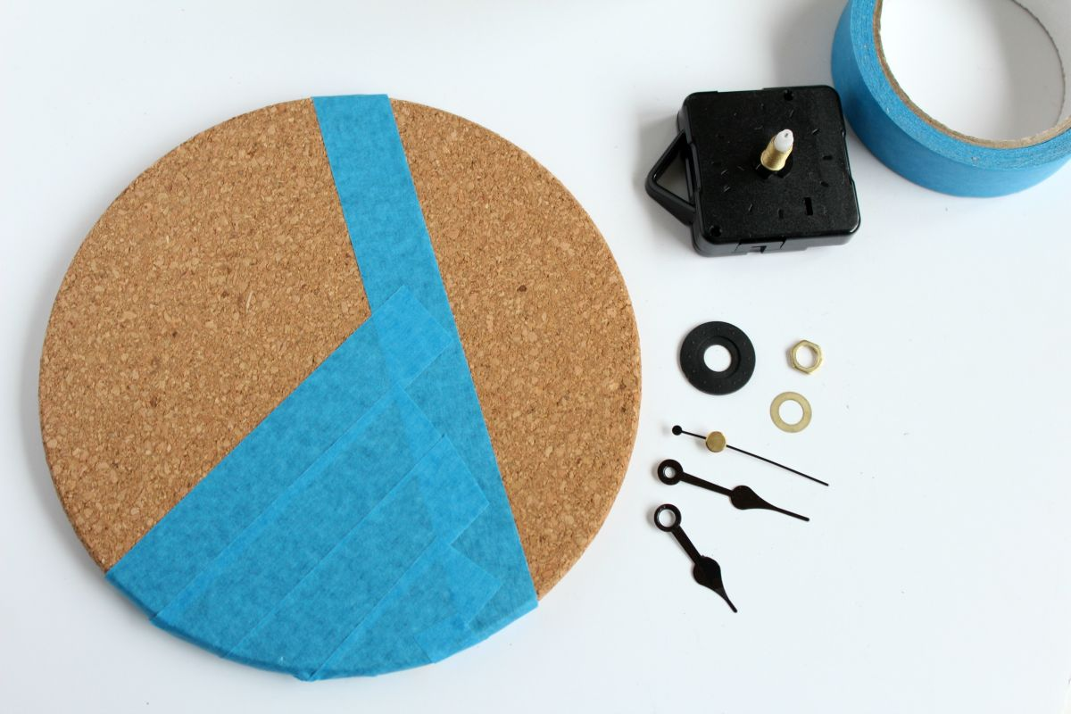 Mixed Metallics Geometric Clock Step 1