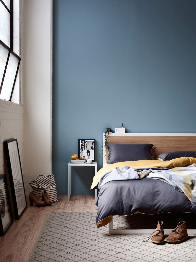 moody light blue bedroom - Blue Bedroom Paint Colors