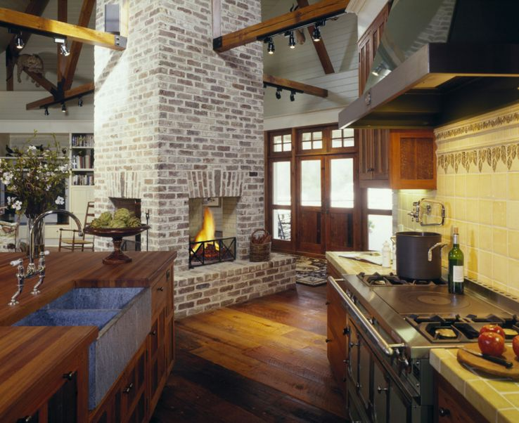 How to design around a central fireplace so everything is for Central fireplace