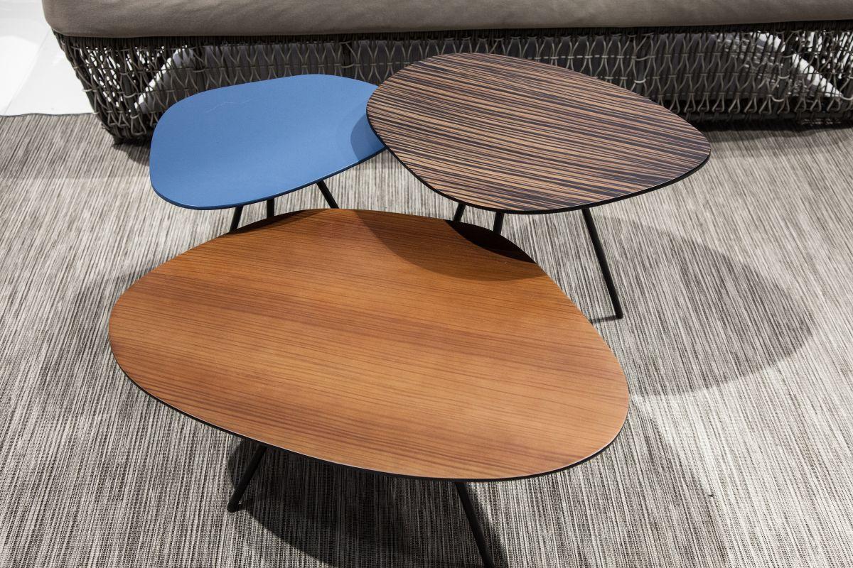 Pebble coffee tables trio