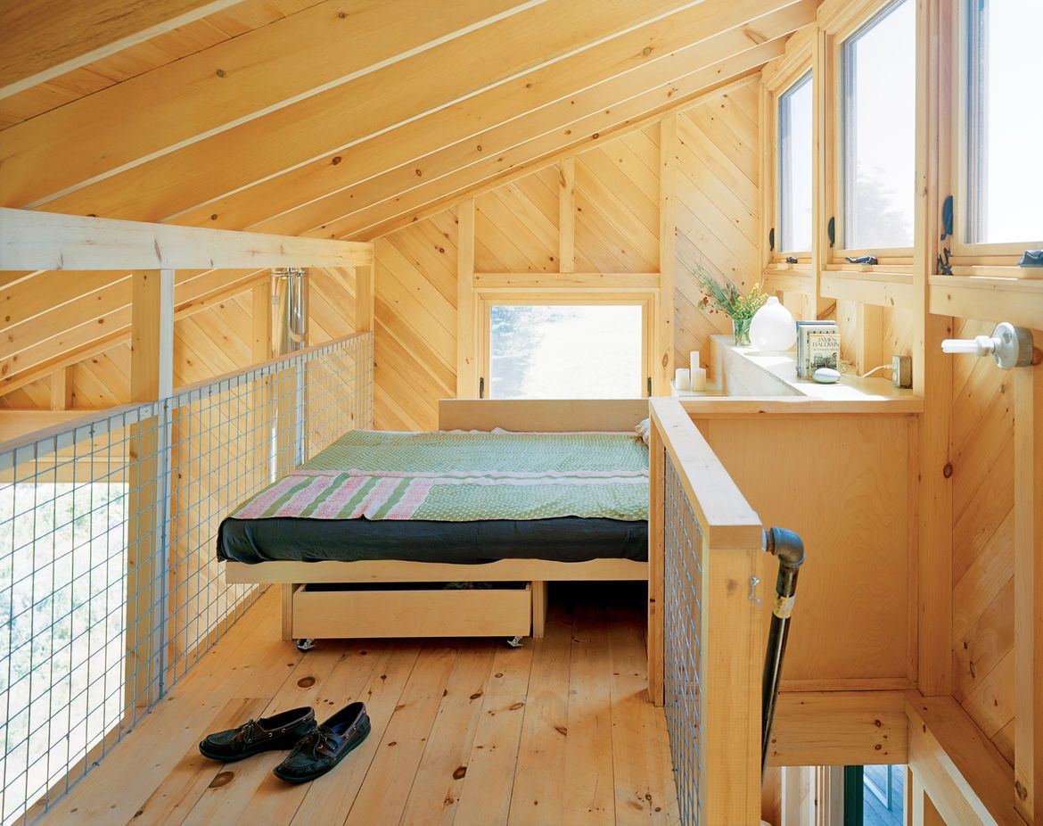 Loft beds maximizing space since their clever inception for Bedroom designs 12 x 12