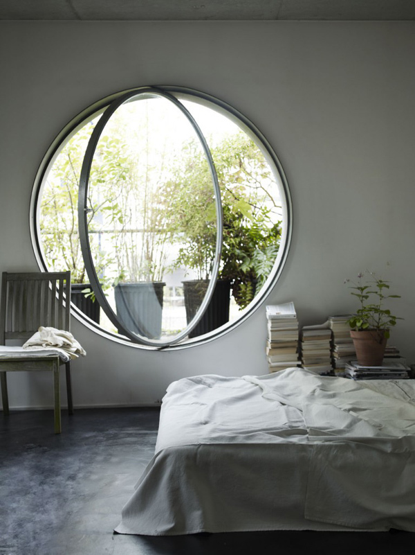 Round pivot window for bedroom