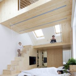 fun family home in moscow with hammock floors beanock   a beanbag hammock  rh   homedit