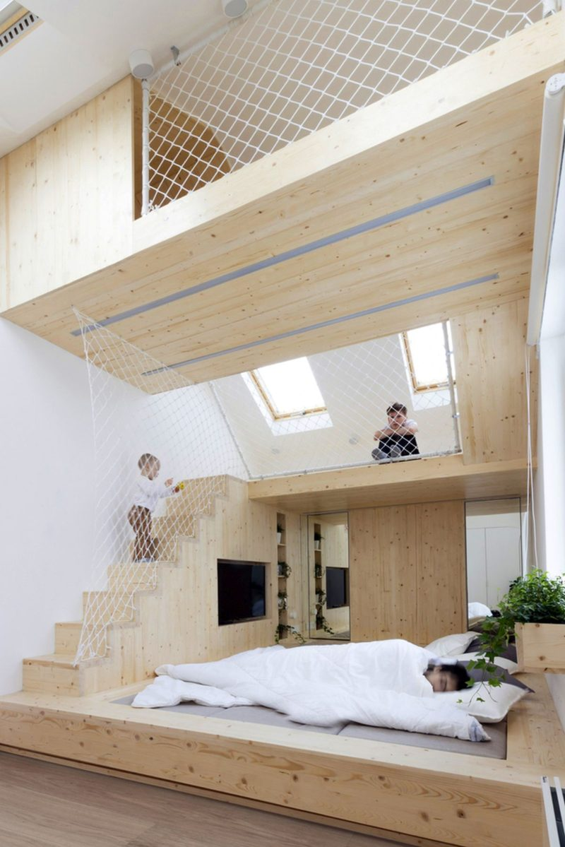 Fun Family Home In Moscow With Hammock Floors