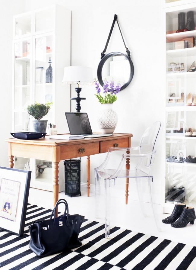 Scandinavian classic office featuring a ghost acrylic chair