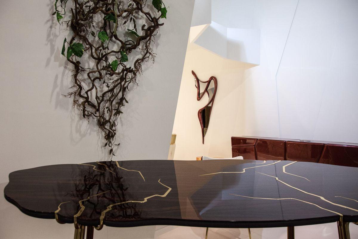 Seronera modern coffee table closeer