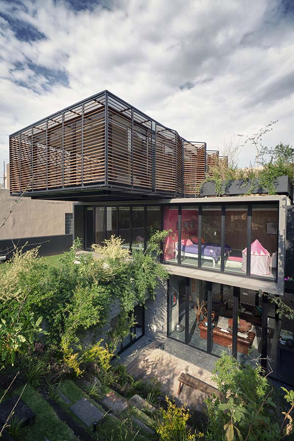 Stacked house in Mexico City Bedroom