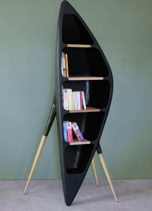 Stativ Bücherregal mit einem einzigartigen Design