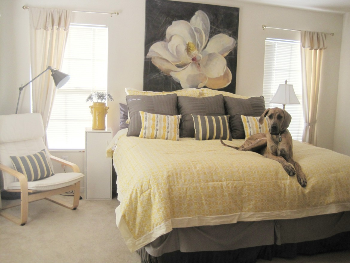 Yellow bedroom foundation & Yellow and Gray Bedding That Will Make Your Bedroom Pop