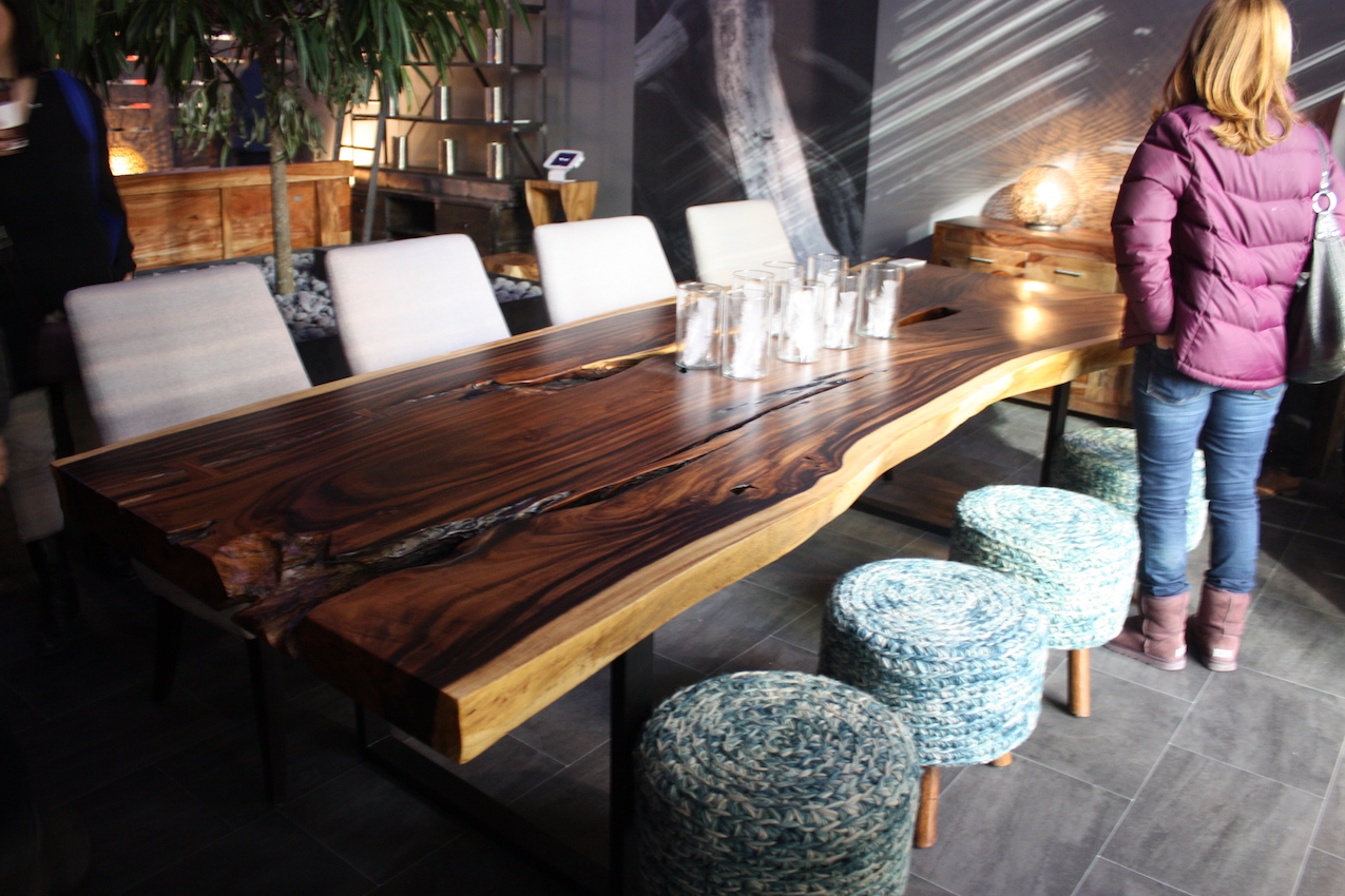 artemano live edge table