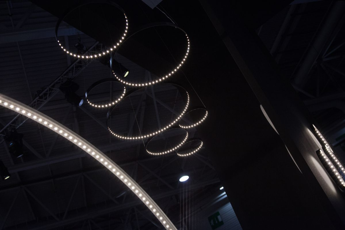 circle chandeliers2