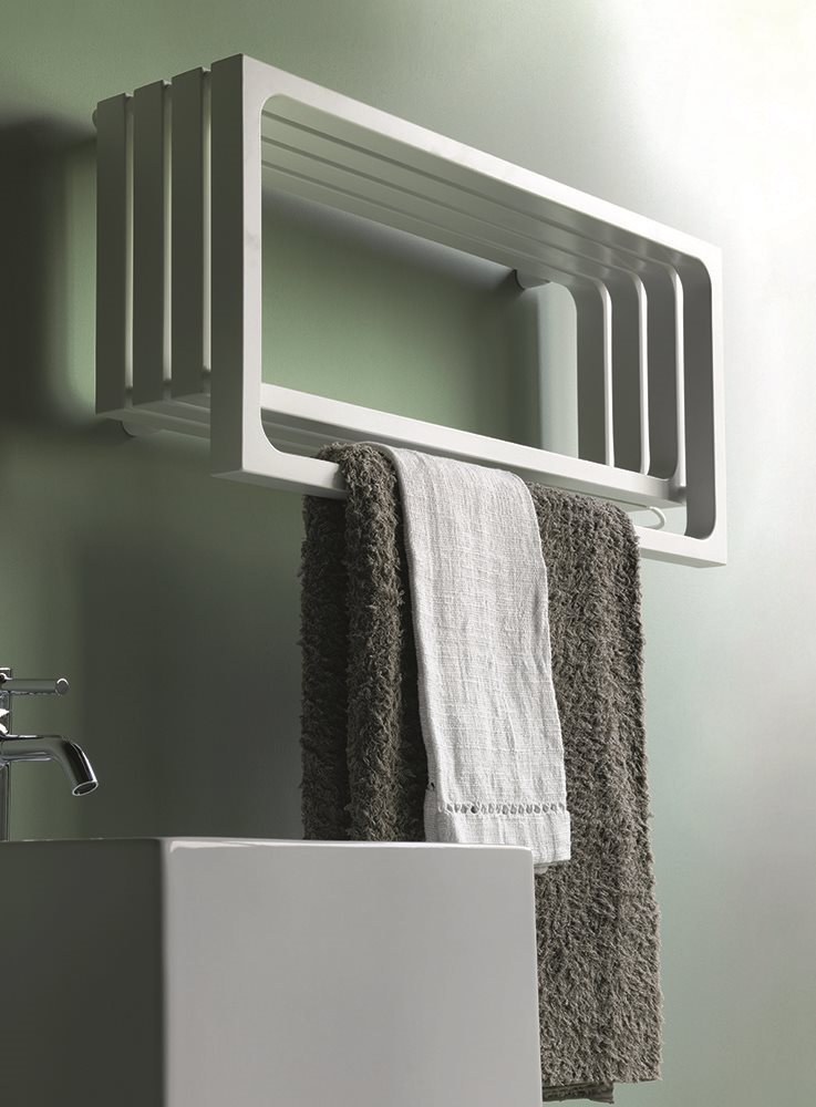 montecarlo horizontal towel warmer for bathroom
