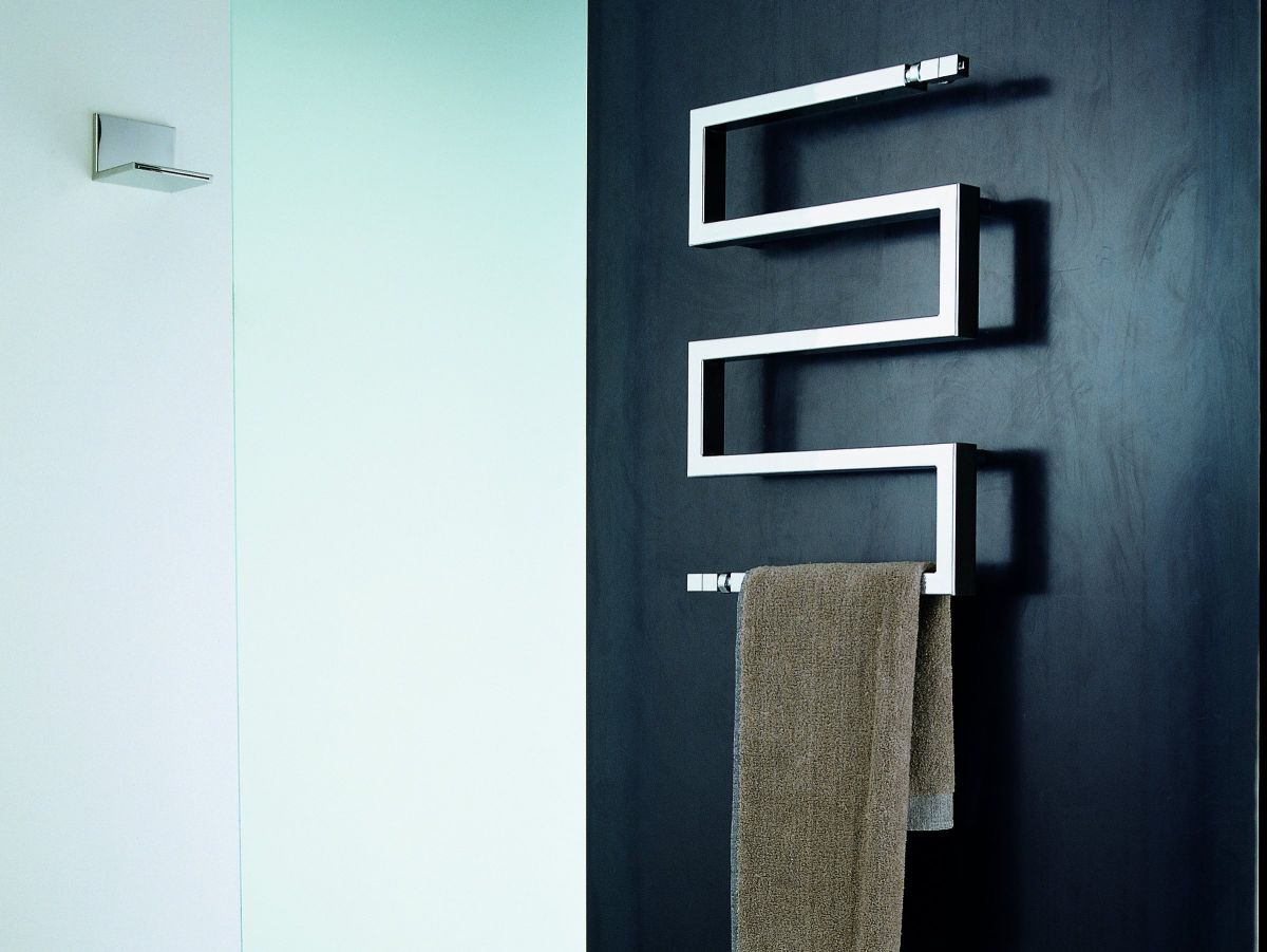snake towel warmer design