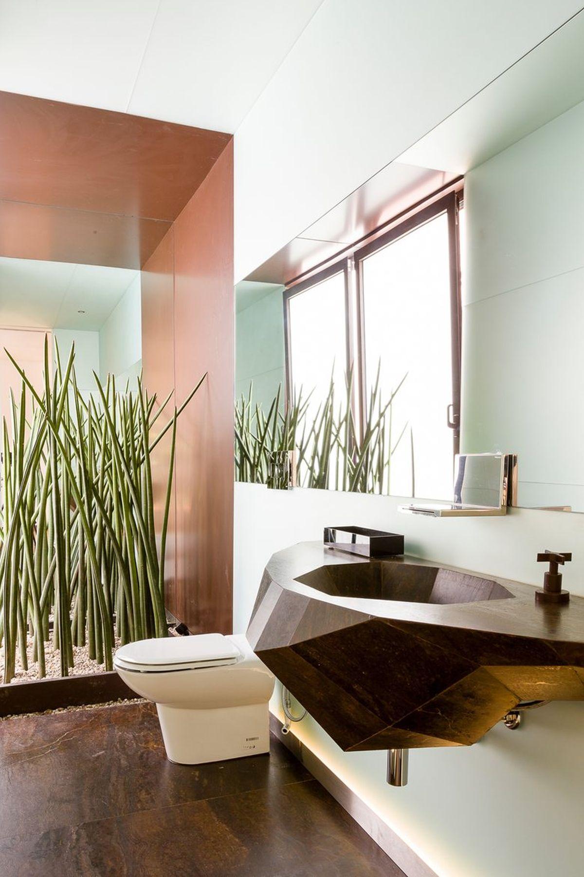 AA House smaller bathroom