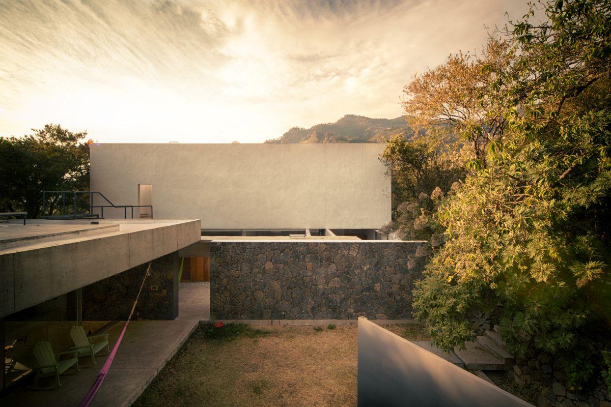 Casa Meztitla interior courtyard
