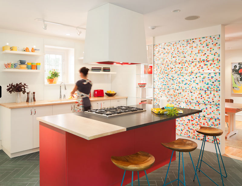 Colorful mosain in the kitchen with haipin legs