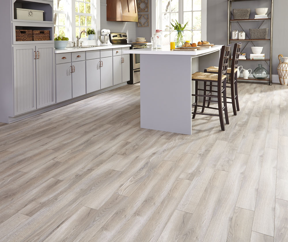 20 everyday wood laminate flooring inside your home for Best kitchen floors 2016