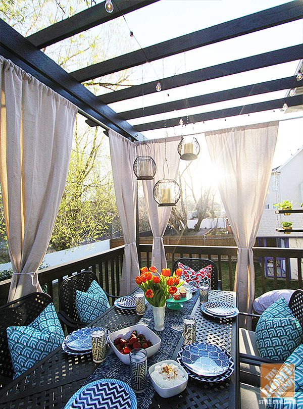 10 Ways To Decorate Your Pergola