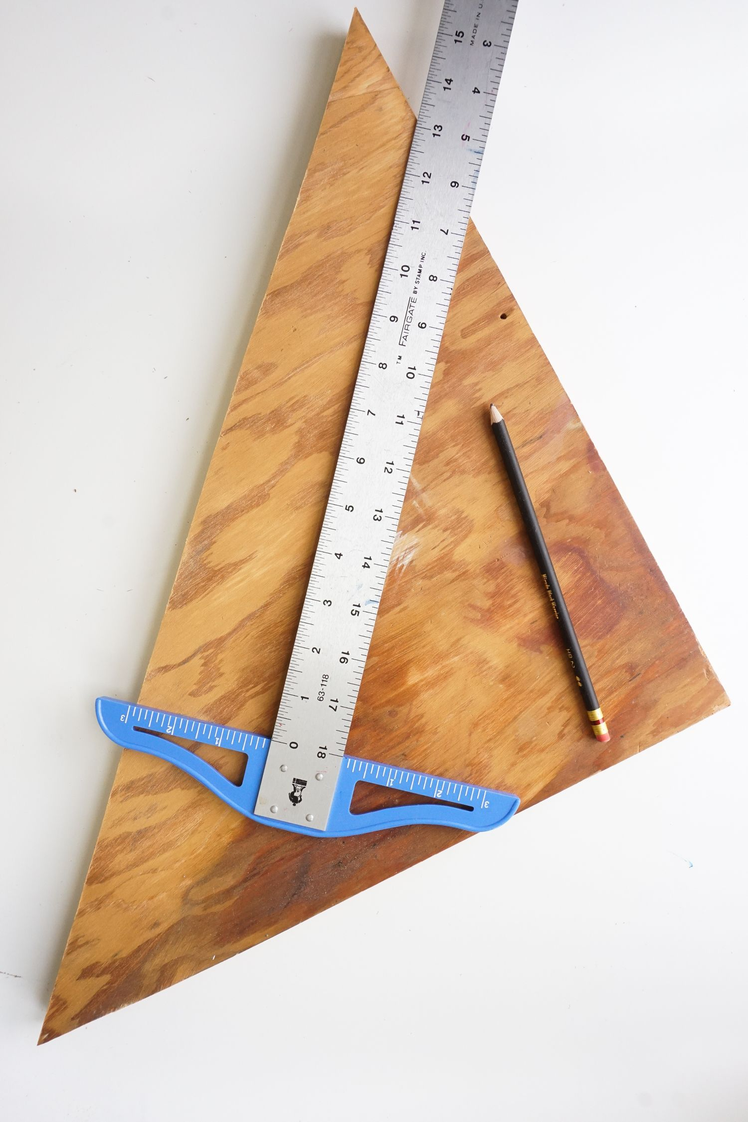 DIY Office Organizer Project - cut board